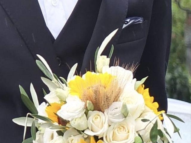 Il matrimonio di Roberto  e Elena  a Inverigo, Como 6