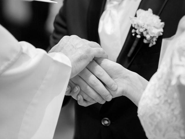 Il matrimonio di Luca e Marta a Inverigo, Como 30