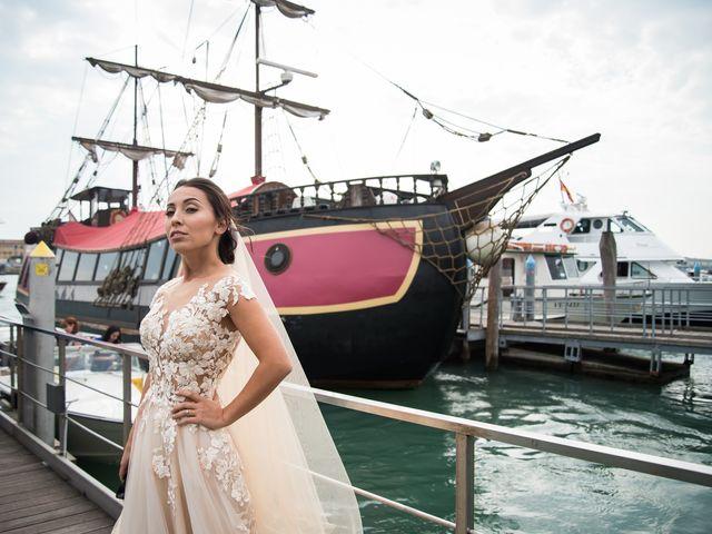 Il matrimonio di Filippo e Ksenia a Lido di Venezia, Venezia 8