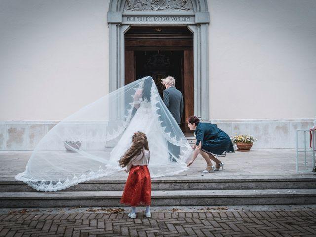 Il matrimonio di Mirko e Adele a Grado, Gorizia 17