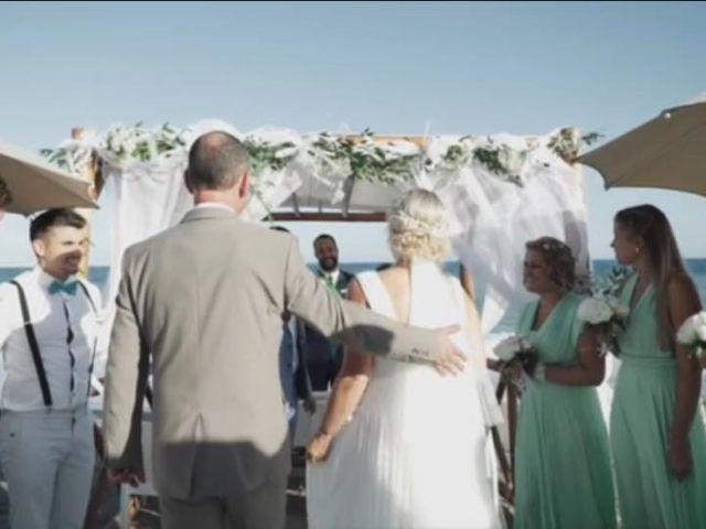 Il matrimonio di Yvonne e Marco a Savona, Savona 25