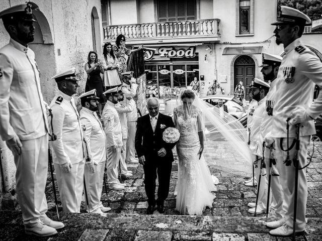 Il matrimonio di Vincenzo e Valentina a Oria, Brindisi 15