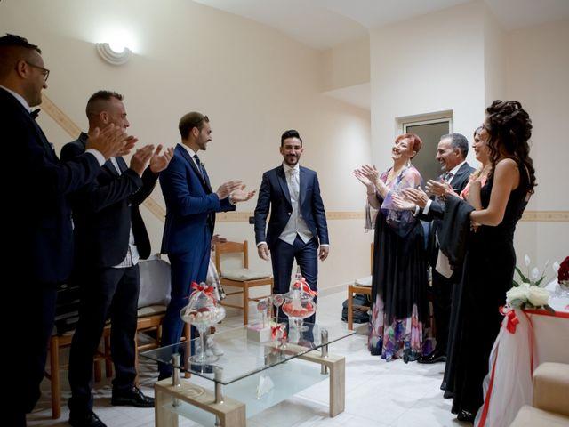 Il matrimonio di Marialucia e Salvatore a Chiaramonte Gulfi, Ragusa 14