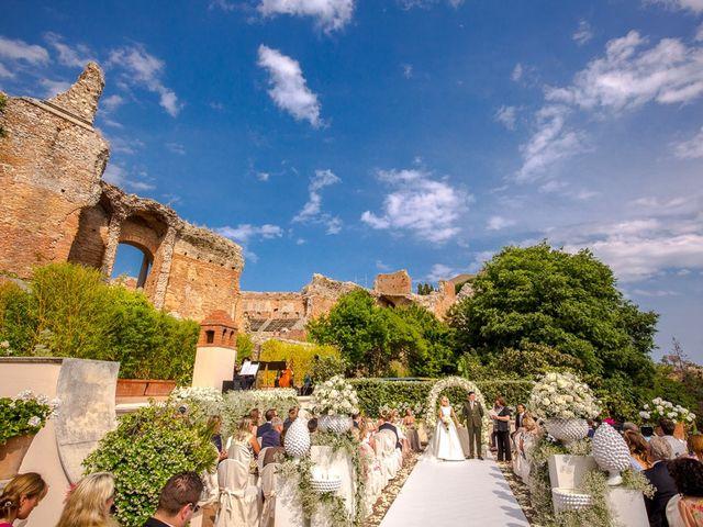 Il matrimonio di Noah e Naomi a Taormina, Messina 10