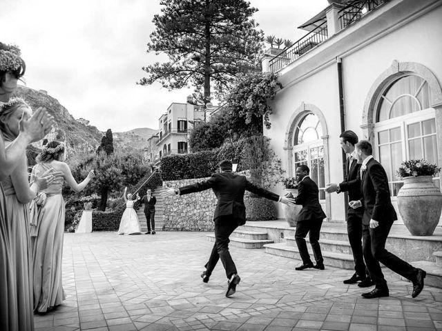 Il matrimonio di Noah e Naomi a Taormina, Messina 32