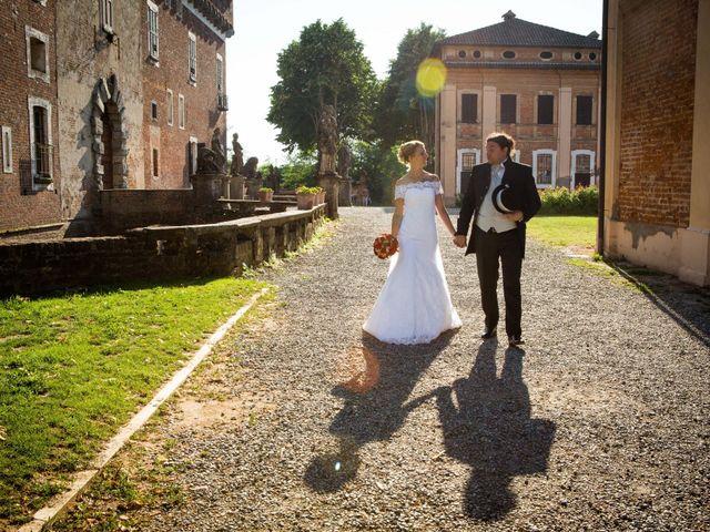 Il matrimonio di Maurizio e Mara a Chignolo Po, Pavia 19