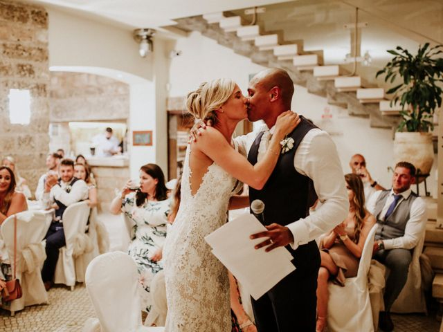 Il matrimonio di Charlton e Gina a Morciano di Leuca, Lecce 25