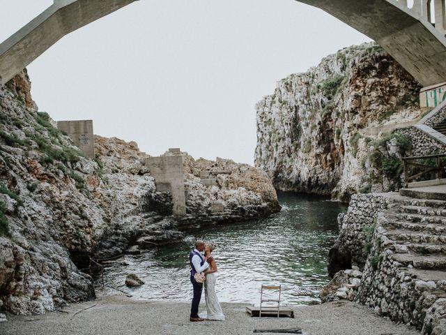 Il matrimonio di Charlton e Gina a Morciano di Leuca, Lecce 44