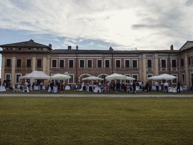 Il matrimonio di Roberto e Valentina a Chignolo Po, Pavia 9