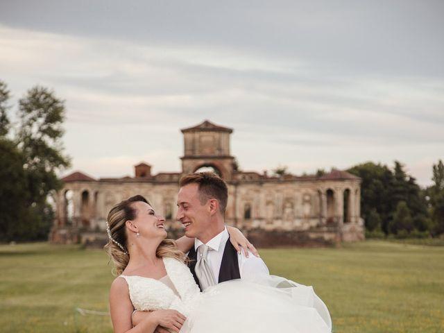 Il matrimonio di Roberto e Valentina a Chignolo Po, Pavia 14