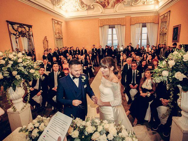 Il matrimonio di Roberto e Elisabetta a Chignolo Po, Pavia 37