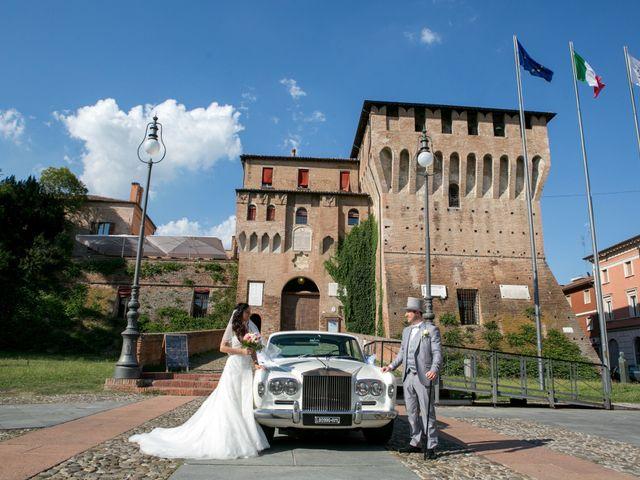 Il matrimonio di Enrico e Laura a Dozza, Bologna 18