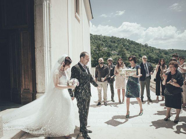 Il matrimonio di Alessandro e Veronica a Alvito, Frosinone 36