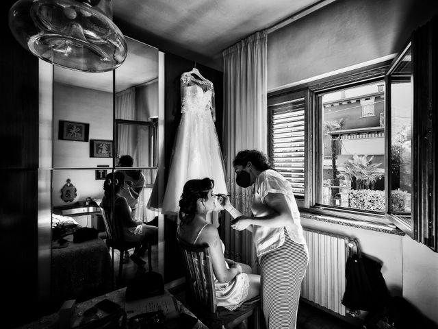 Il matrimonio di Thomas e Irene a Cuasso al Monte, Varese 15