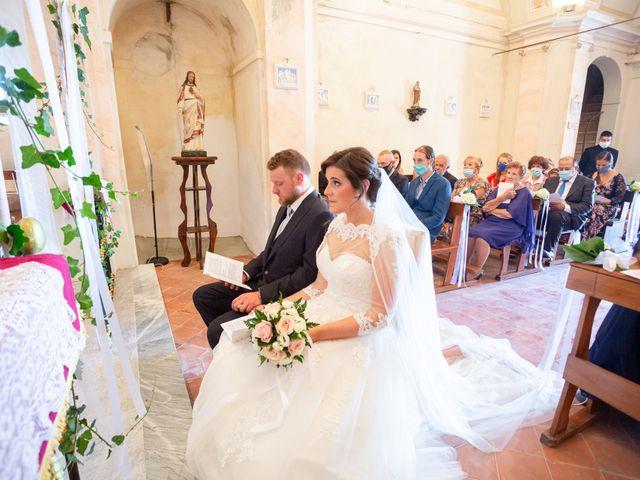 Il matrimonio di Thomas e Irene a Cuasso al Monte, Varese 36