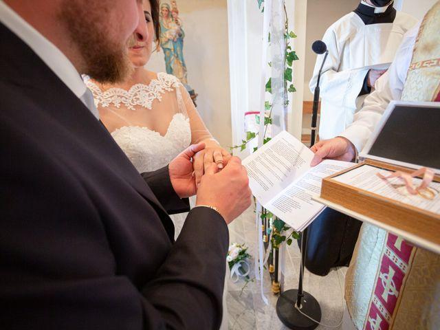 Il matrimonio di Thomas e Irene a Cuasso al Monte, Varese 39