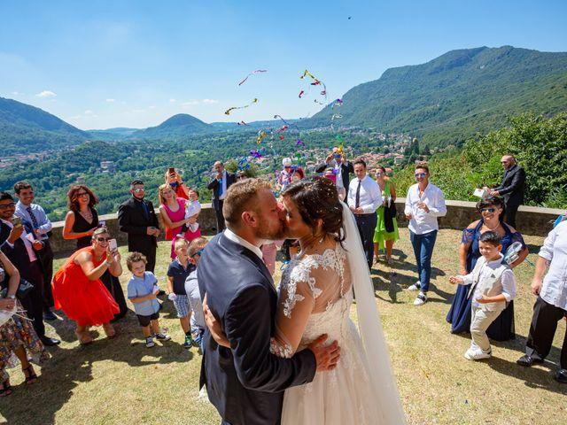 Il matrimonio di Thomas e Irene a Cuasso al Monte, Varese 49