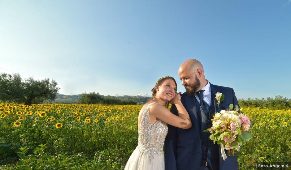 Il matrimonio di Andrea e Angela a Cellino Attanasio, Teramo