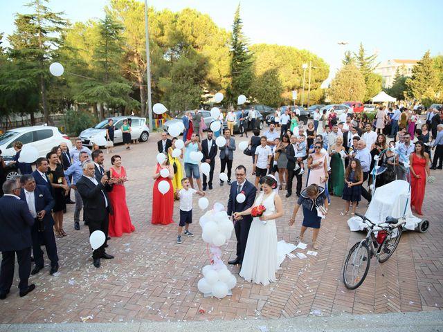 Il matrimonio di Antonio e Jessica a Melissa, Crotone 30