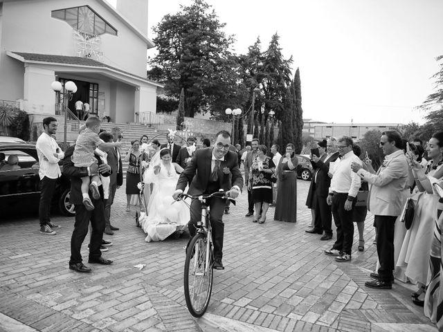 Il matrimonio di Antonio e Jessica a Melissa, Crotone 31
