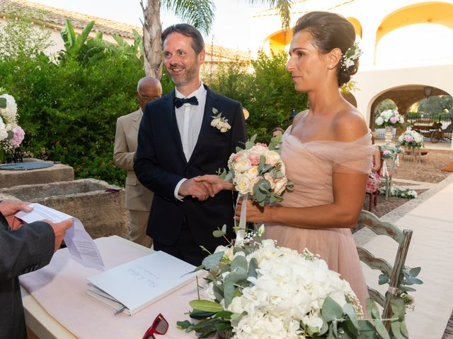 Il matrimonio di Alberto e Elena a Castelvetrano, Trapani 40