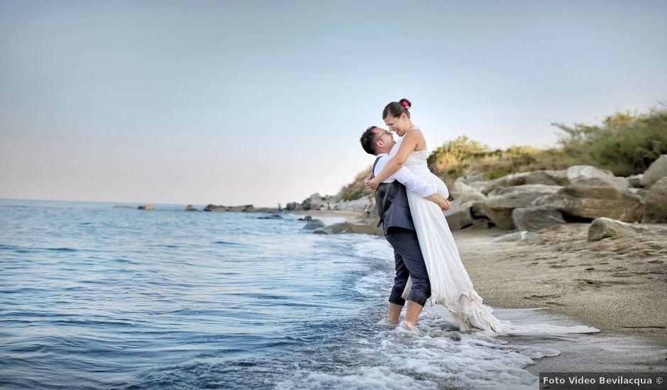 Il matrimonio di Antonio e Jessica a Melissa, Crotone