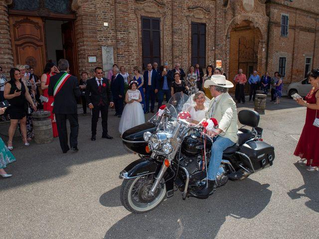 Il matrimonio di Samuel e Katia a Breme, Pavia 12