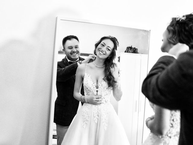 Il matrimonio di Michele e Valentina a Lonato del Garda, Brescia 22