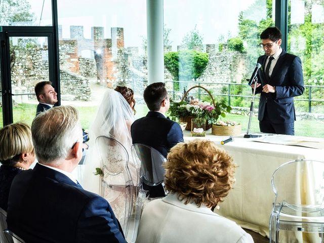 Il matrimonio di Michele e Valentina a Lonato del Garda, Brescia 38