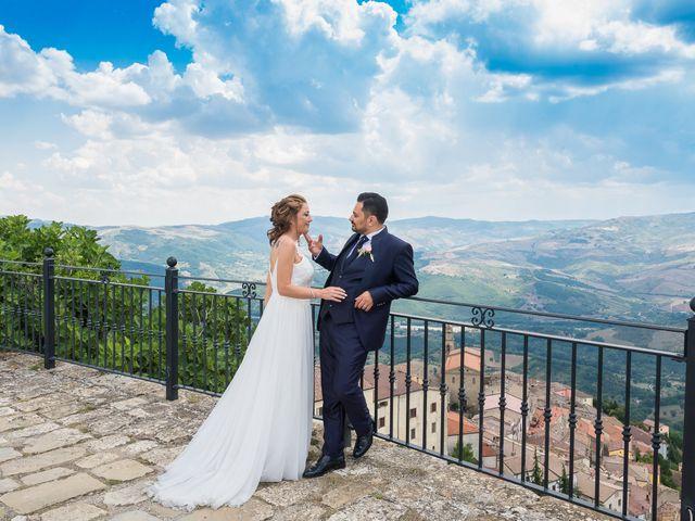 Il matrimonio di Antonella e Donato a Anzi, Potenza 13