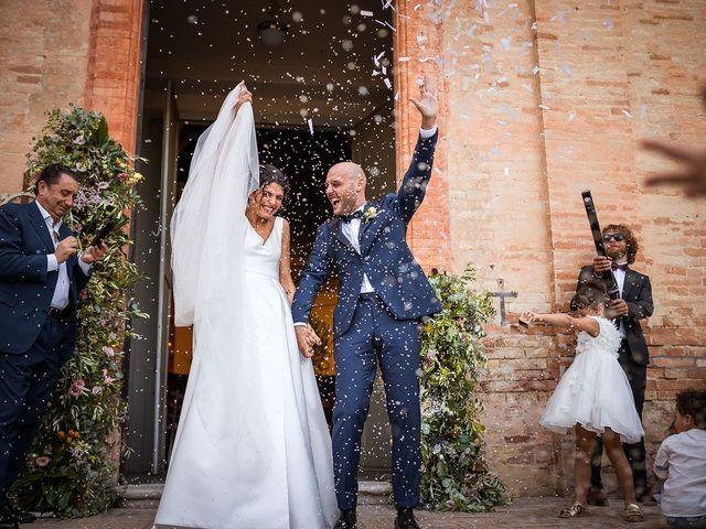 Il matrimonio di Leonardo e Martina a Cartoceto, Pesaro - Urbino 32