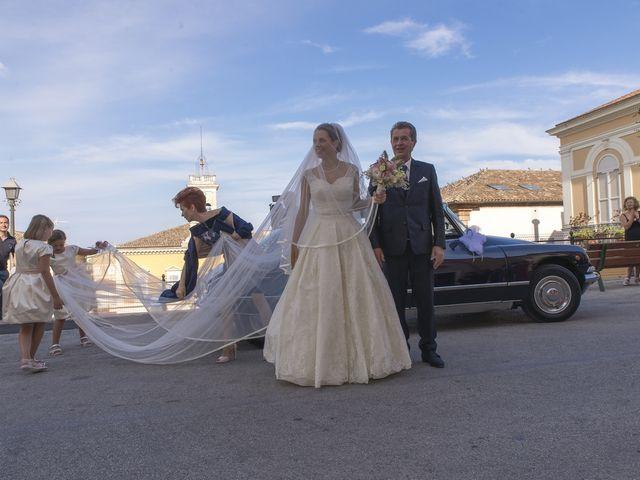 Il matrimonio di Alessandro e Maria Elisa a Cupra Marittima, Ascoli Piceno 17