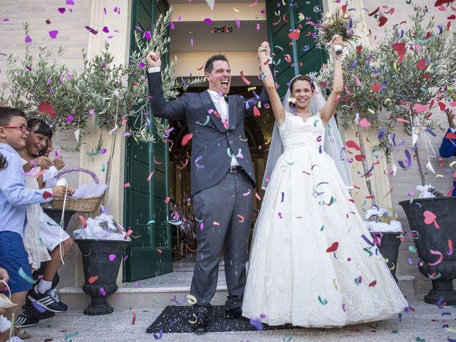 Il matrimonio di Alessandro e Maria Elisa a Cupra Marittima, Ascoli Piceno 21