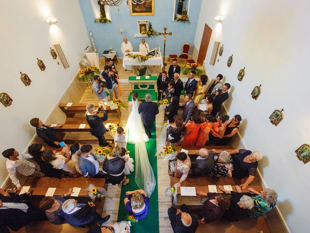Il matrimonio di Adriano e Jessica a Sant'Angelo a Cupolo, Benevento 19