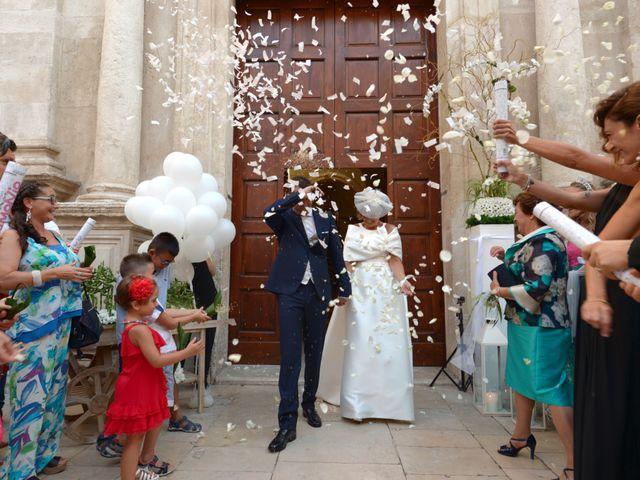 Il matrimonio di Danilo e Daria a Bisceglie, Bari 15