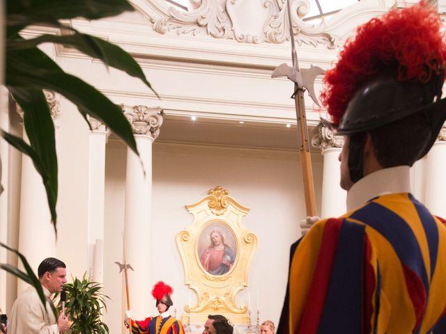 Il matrimonio di Joseph e Pilar a Roma, Roma 16
