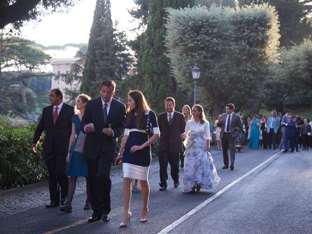 Il matrimonio di Joseph e Pilar a Roma, Roma 32