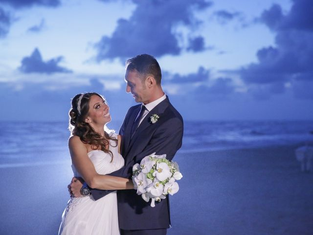 Il matrimonio di Raffaele Vitale e Antonella Molaro a Napoli, Napoli 23