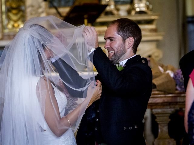 Il matrimonio di Allan e Gloria a Brunello, Varese 8