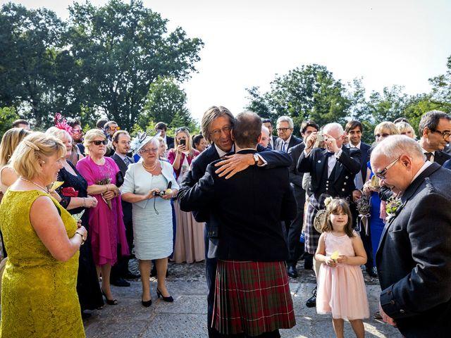 Il matrimonio di Allan e Gloria a Brunello, Varese 28