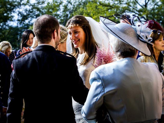 Il matrimonio di Allan e Gloria a Brunello, Varese 30