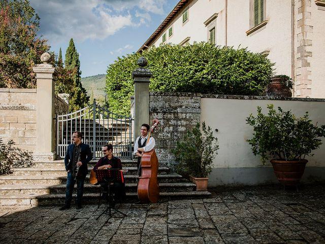 Il matrimonio di Massimiliano e Eliana a Terranuova Bracciolini, Arezzo 12