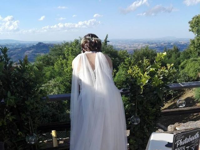 Il matrimonio di Giacomo e Sara a Sant'Angelo in Pontano, Macerata 7