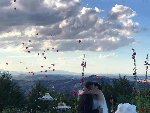 Il matrimonio di Giacomo e Sara a Sant'Angelo in Pontano, Macerata 9