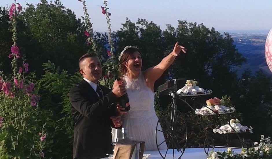 Il matrimonio di Giacomo e Sara a Sant'Angelo in Pontano, Macerata