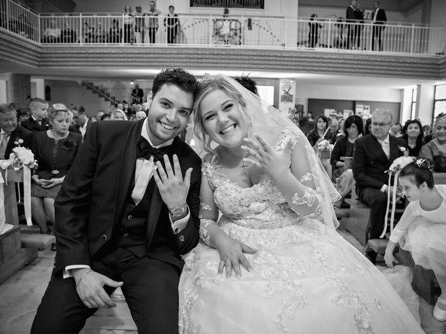 Il matrimonio di Mauro e Giulia a Monteprandone, Ascoli Piceno 23