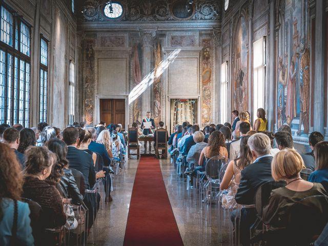 Il matrimonio di Valentino e Rosanna a Sacile, Pordenone 23