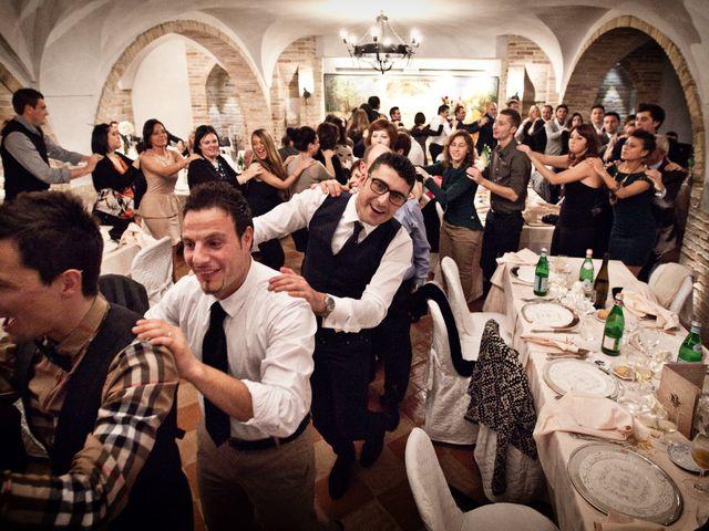 Il matrimonio di Laura e Alessandro a Porto San Giorgio, Fermo 23