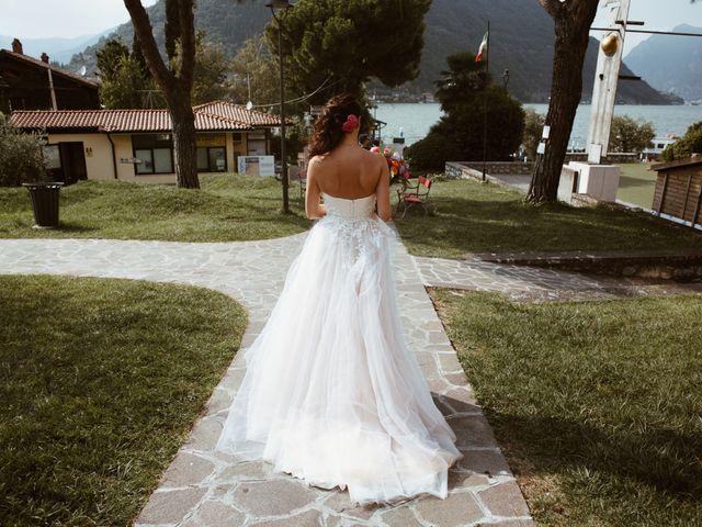 Il matrimonio di Tiberio e Laura a Monte Isola, Brescia 16