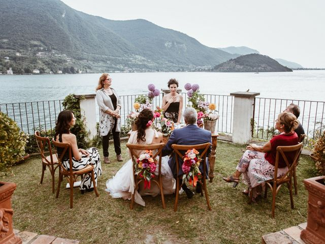 Il matrimonio di Tiberio e Laura a Monte Isola, Brescia 21